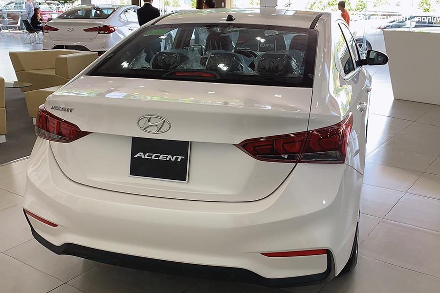 Ngoại thất Hyundai Accent 1.4 AT Đặc Biệt - Hình 13